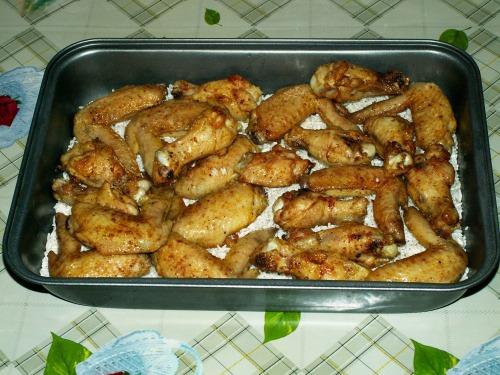 Жареные крылышки в духовке рецепт