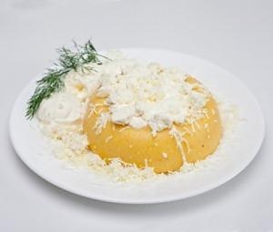 Мамалига з сиром і бринзою