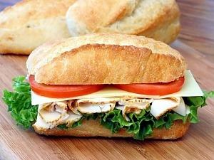 "Горячий бутерброд ""Панини с курицей"""