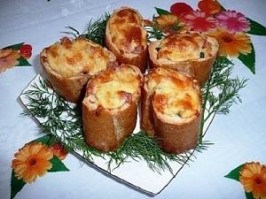 "Багет с начинкой ""Сытный завтрак"""