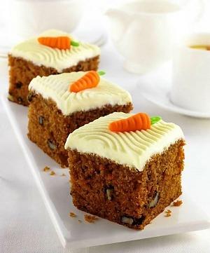 Морквяний пиріг з горіхами