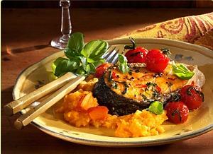 Стейк лосося з морквяно-гарбузовим пюре