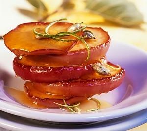 Яблочные кружочки с медом и кардамоном