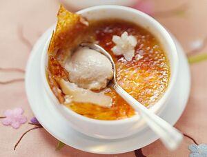 Крем-брюле с жасминовым чаем
