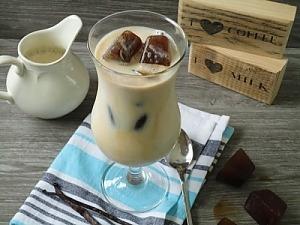 Ледяной кофе с ванилью
