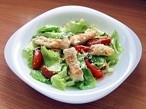 Салат из жареного минтая