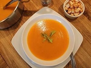 Суп з гарбуза і картоплі