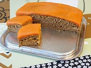 Морквяний пиріг з корицею