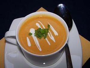 Морквяний суп-пюре з вершками