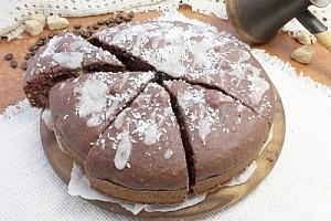 Влажный шоколадный пирог с цукатами