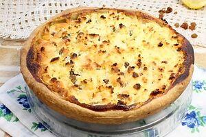 Открытый пирог с творогом и лимоном