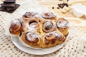 Пирог «Улитка» из слоеного теста