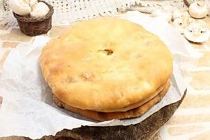 Осетинский пирог с грибами и сыром Зокоджин