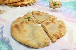 Кадурджин — осетинский пирог с фасолью