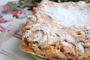 Болгарский пирог с фруктами