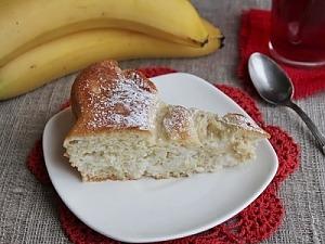 Пирог-витушка с бананом