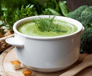 Крем-суп із броколі з сиром