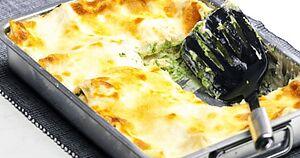 Лазанья з лососем і шпинатом