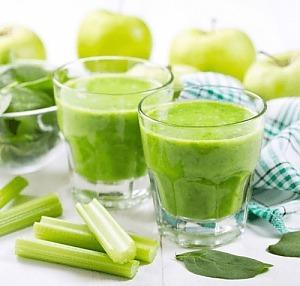 Яблочно-шпинатный смузи
