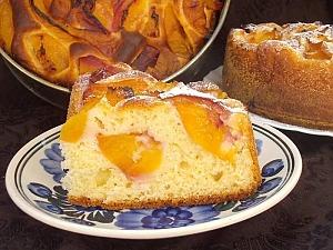 Дрожжевой пирог с нектаринами