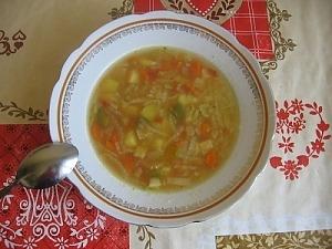 Капустный суп из пекинской капусты с курицей