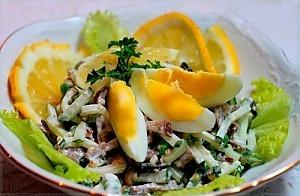 Салат из языка со свежим огурцом и горошком