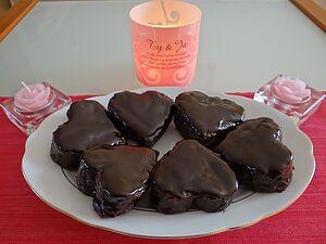 Пряники-сердечки в шоколадной глазури