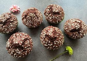 Шоколадные маффины с посыпкой