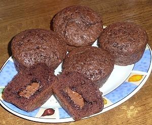 Шоколадные маффины с нутеллой