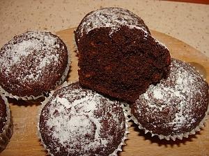 Шоколадные кексы со свеклой и пряностями