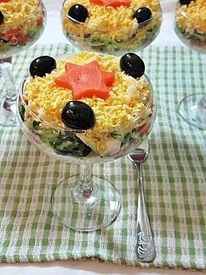 Слоеный салат с тунцом консервированным