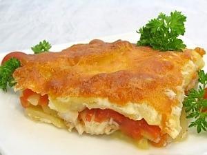 Рыба с картофелем, запеченные под майонезом