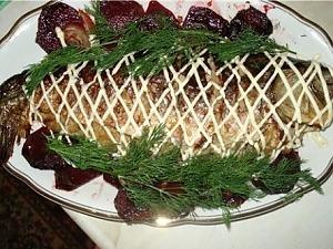 Карп фаршированный хлебом