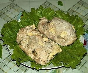 Запеченные куриные грудки с грибами