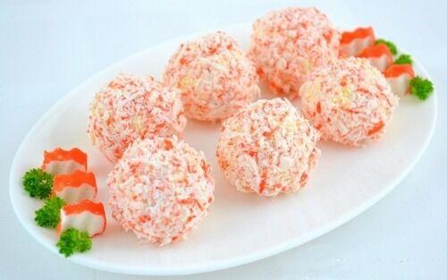 Крабовые шарики с сыром и чесноком
