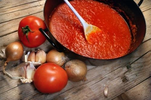 Томатный соус с тимьяном
