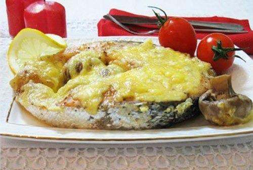 Лосось запеченный  с сыром