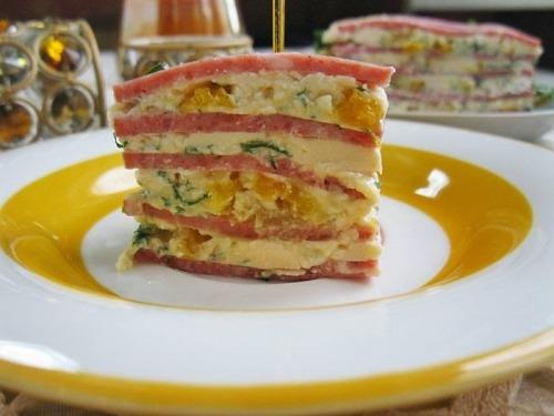 Торт из колбасы Салями