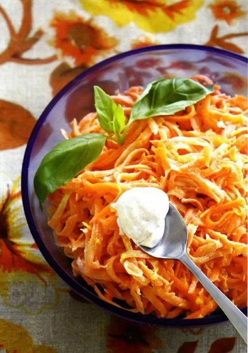 Салат из моркови с корицей