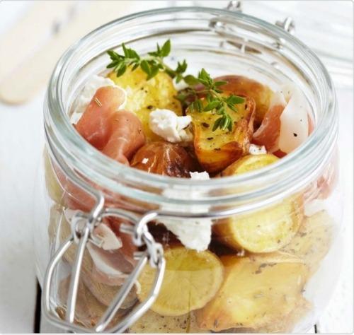 Салат с картофелем и хамоном
