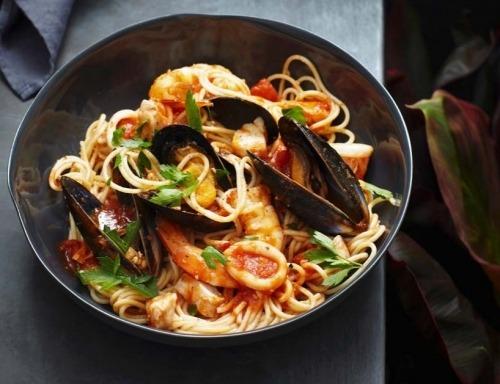 Спагетти маринара с морепродуктами