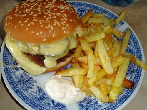 Домашние гамбургеры с котлетой