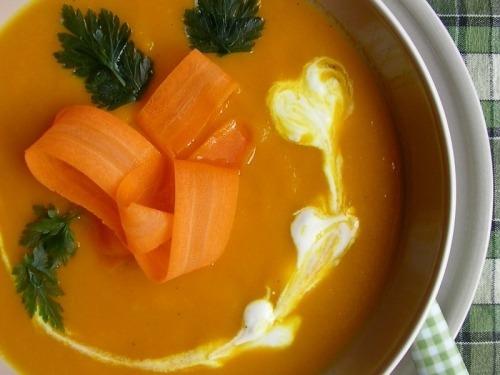 Морквяний суп-пюре з імбиром