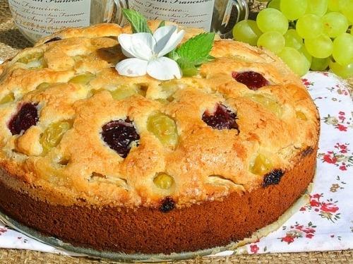 Пирог с ягодами в духовке рецепт на кефире