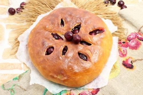 Балджин — осетинский пирог с вишней