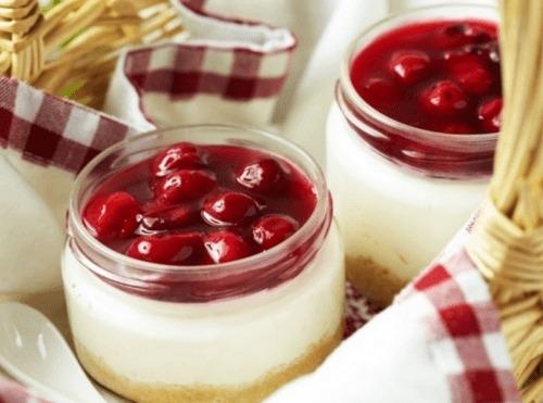 Творожный десерт (чизкейк) в стакане