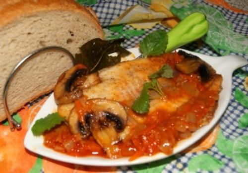 Филе тилапии с овощами
