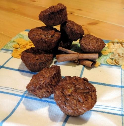Маффины с кукурузными хлопьями и шоколадом