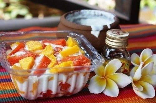 Десерт из папайи и манго