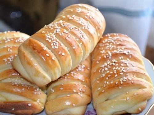 Французькі булочки з заварним кремом